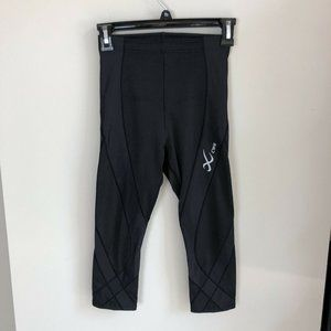 CW-X stabilyx black cropped joint support leggings